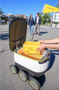 自動運転配送ロボットのテスト開始 スイス