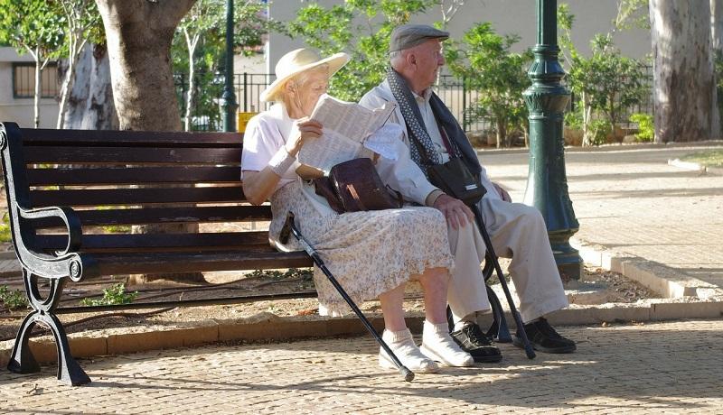 福祉国家スウェーデンの認知高齢者ケア 45%が一人暮らしを継続