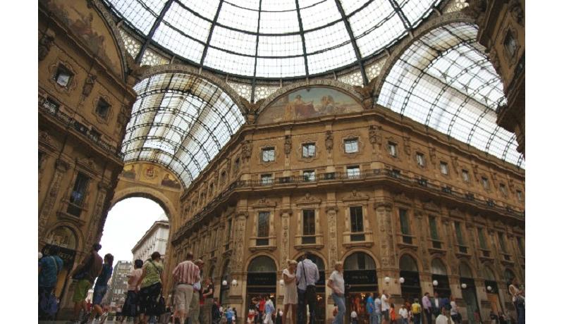 スタバ、17年イタリアに1号店 33年の夢を実現
