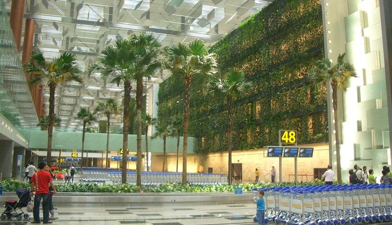 世界の空港ランキング、シンガポールが4年連続1位