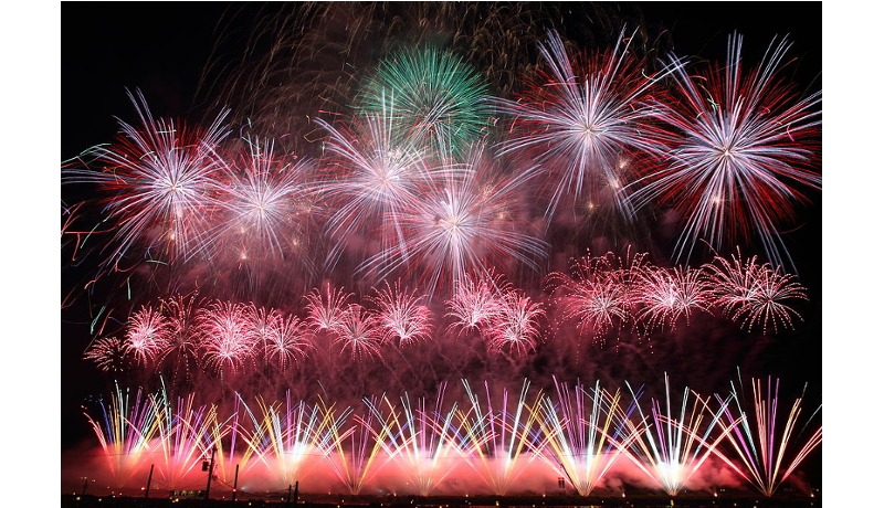 「大曲の花火」を世界に 日本政策投資銀行が地元企業へ出資