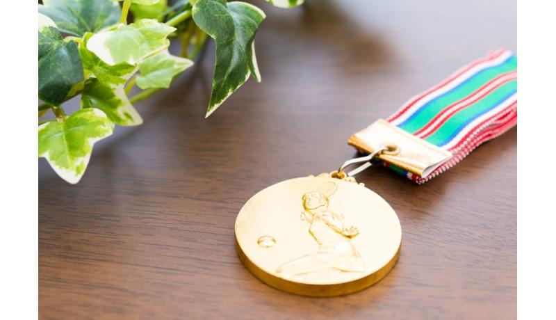 都市鉱山から東京オリ・パラのメダルを 都庁で回収スタート