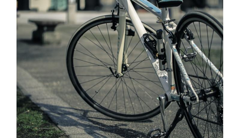 スマホ利用の自転車シェアシステムを全国6大学で導入