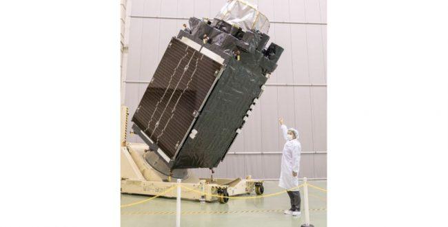 「みちびき」機体公開 JAXA筑波宇宙センター