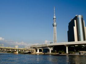 ドコモ、東武鉄道5G実証実験開始