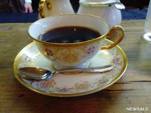 一杯の可否(コーヒー)に想いを込める 弘前「可否屋 葡瑠満」