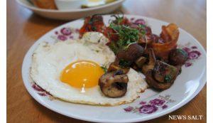「ドイツの朝食」が楽しめる、エコベーカリーのパンビュッフェ
