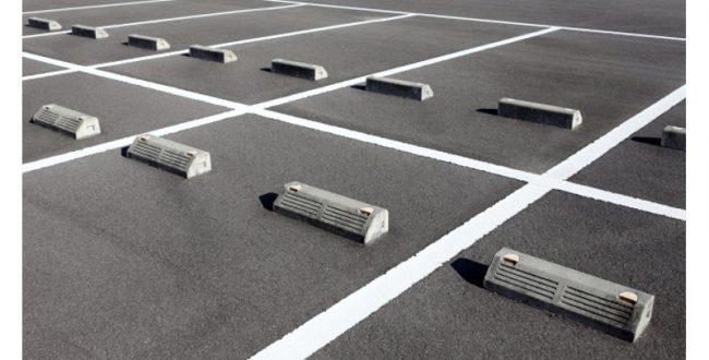 ドイツ人が駐車場を探す時間は年間平均41時間