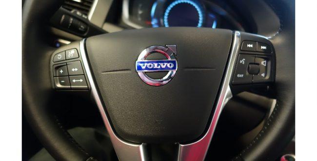 ボルボが電動車メーカーへ 19年以降はガソリン車生産せず
