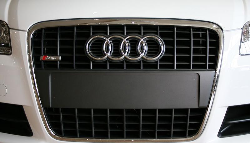 ドイツ人に最も人気のある車はアウディ VWが首位転落
