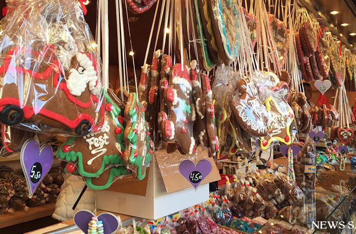 クリスマス菓子の売れ行きが早くも好調(ドイツ)