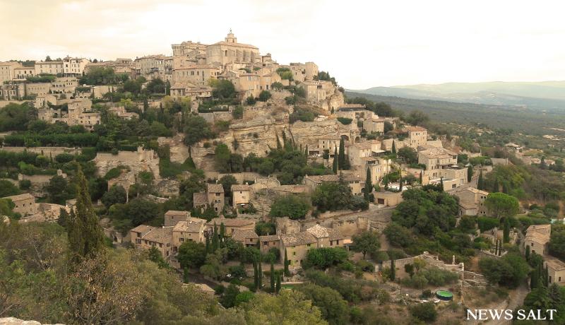 フランスの「最も美しい村」 (3)プロヴァンス―リュベロン地区とゴルド村
