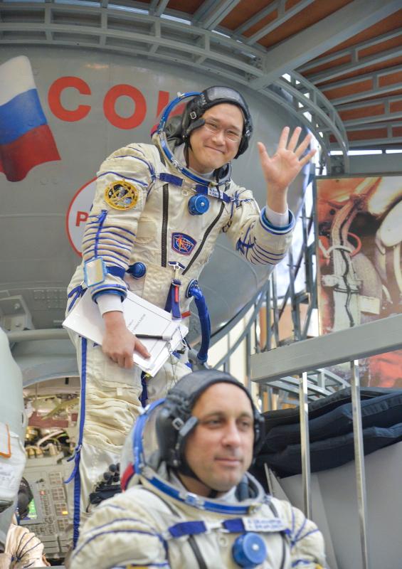 金井さん搭乗のソユーズ宇宙船の打ち上げ日時を決定
