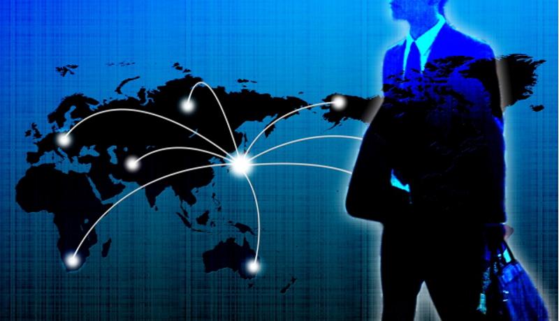 富士通とマイクロソフト、AIで働き方改革