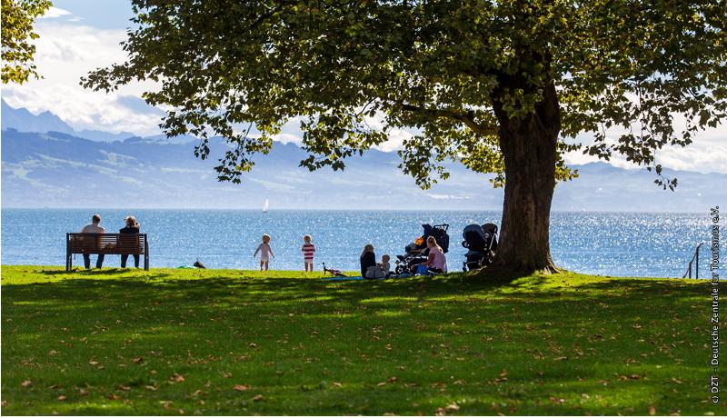 夏の休暇はどうする? ドイツ統計庁が欧州内宿泊代比較を発表