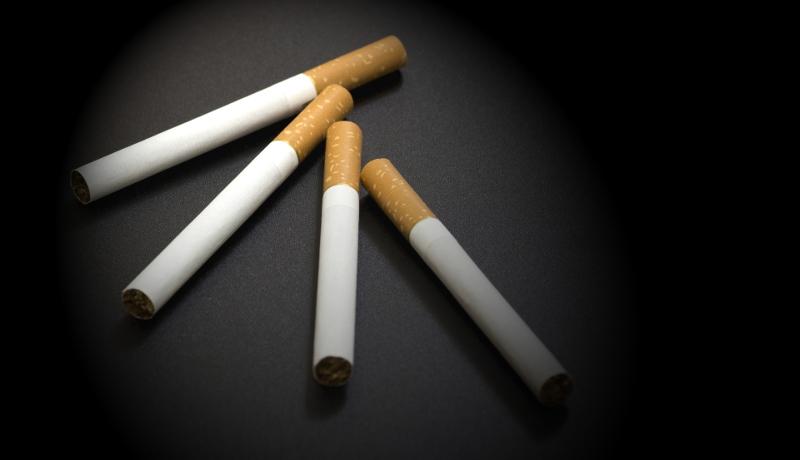 タバコの消費量 社会的弱者層ほど喫煙率高 健康寿命にも差(ドイツ)