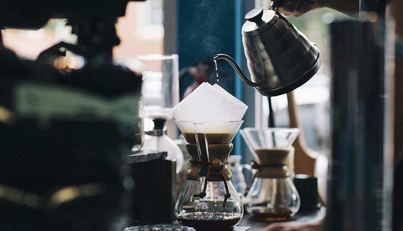 「コーヒーのテイクアウトに自分のカップを持参」は18.9% ドイツ