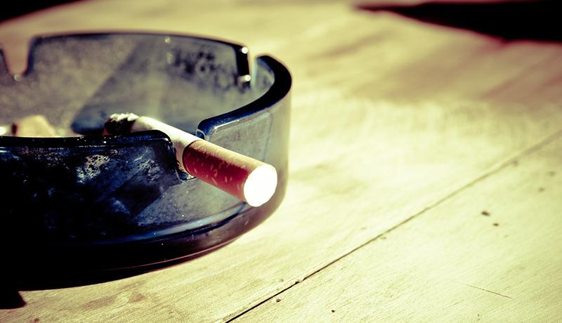 喫煙可の飲食店、6割が入店避ける 分煙でも2.5割