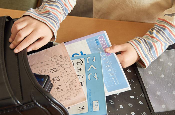 子供の重たすぎる荷物を軽減へ 文科省が対策例を紹介