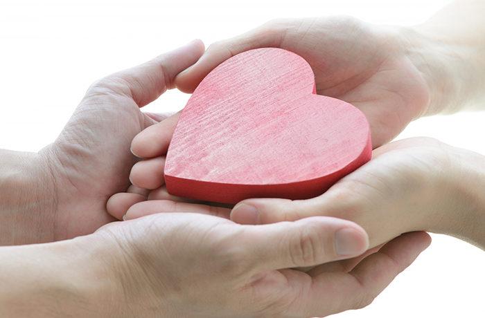 いい夫婦の日、「円満」8割 秘訣は感謝の気持ちを忘れないこと