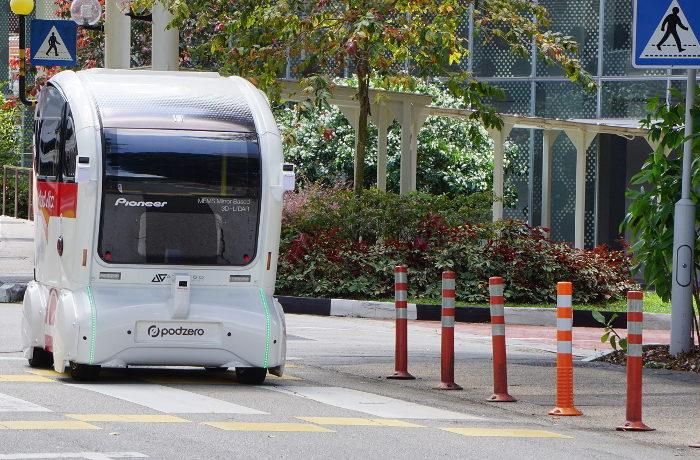 パイオニア、自動運転シャトルバスの実証実験をシンガポールで開始