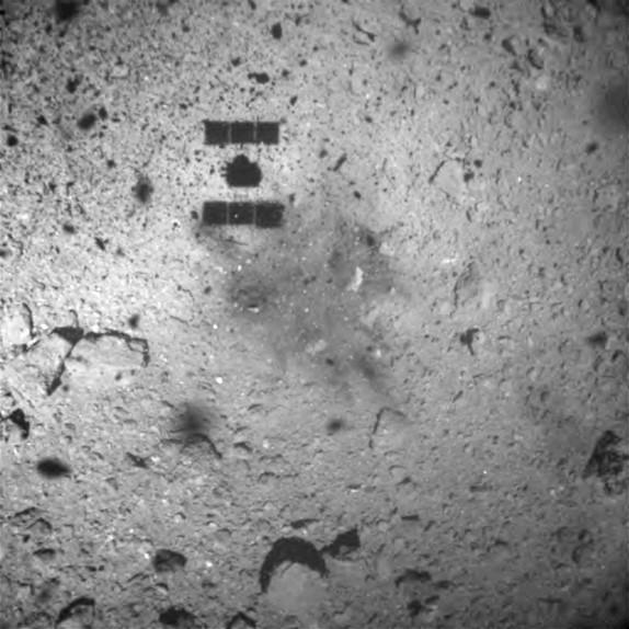 はやぶさ2が小惑星リュウグウへの接地に成功