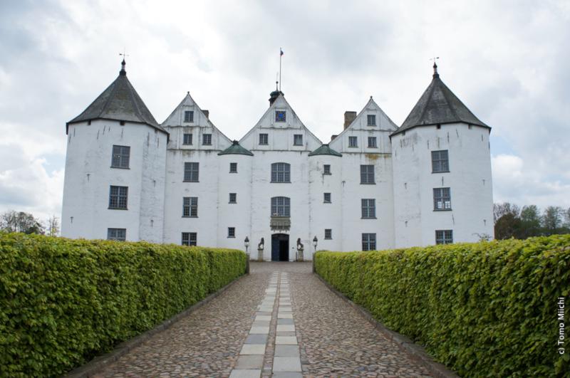 ドイツ北端にある「幸運の城」「神の幸運」に守られたグリュックスブルク城