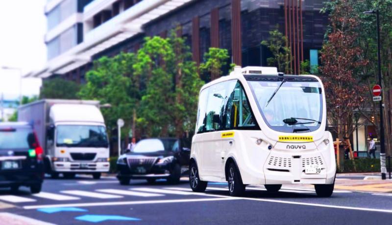 ハンドルのない自動運転バスが公道で国内初の走行実証 SBドライブ