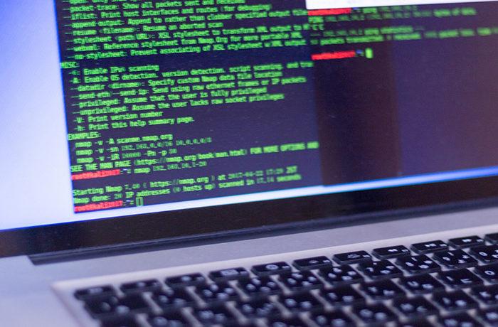 プログラミング教育導入へ8割が準備態勢 予算、IT環境への不安も