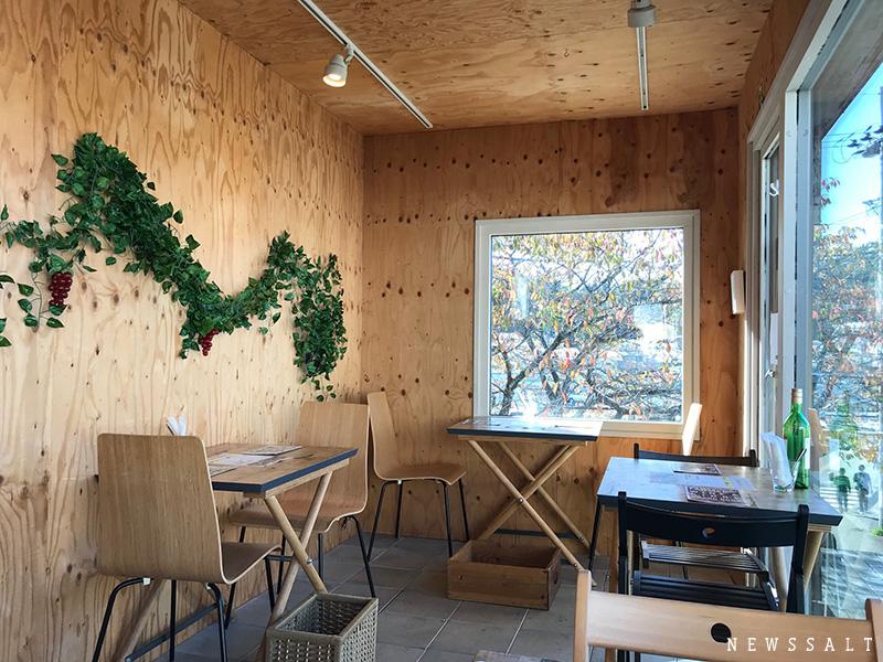 出会えたらラッキー 不定期開店、福島大生手作りのコンテナカフェ