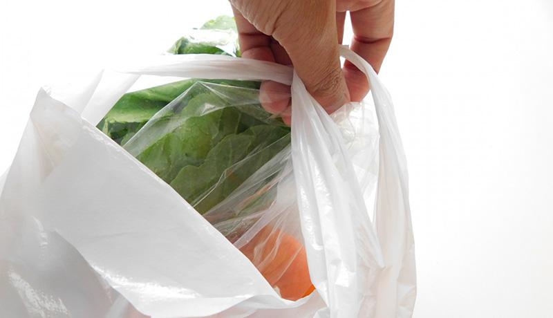 イオングループ、来春からレジ袋有料化を8000店舗に拡大