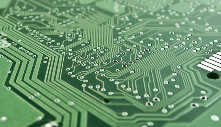 スーパーコンピュータ「富岳」のプロトタイプ 省エネ性能世界1位に