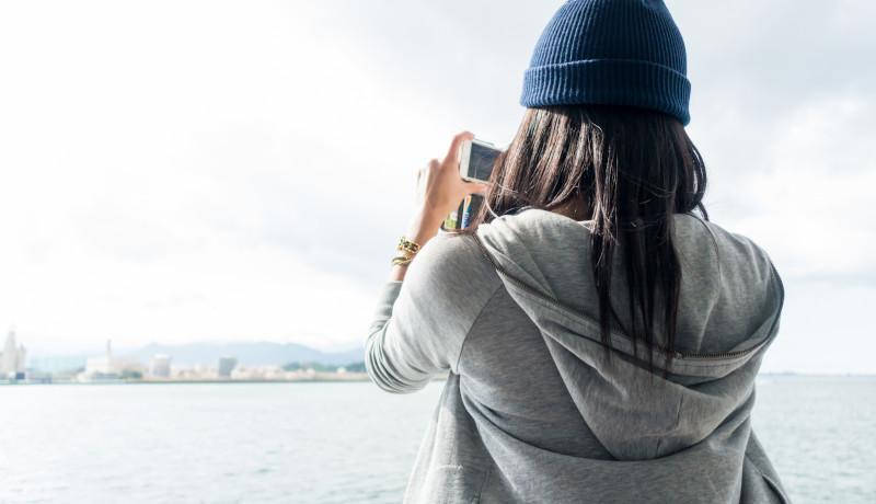 スマホに保存されている写真の数 世界で最も多い国は?