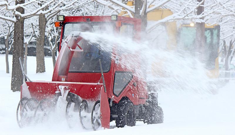 オラクルがIoTを活用して除排雪作業の見える化 富良野市で実証実施