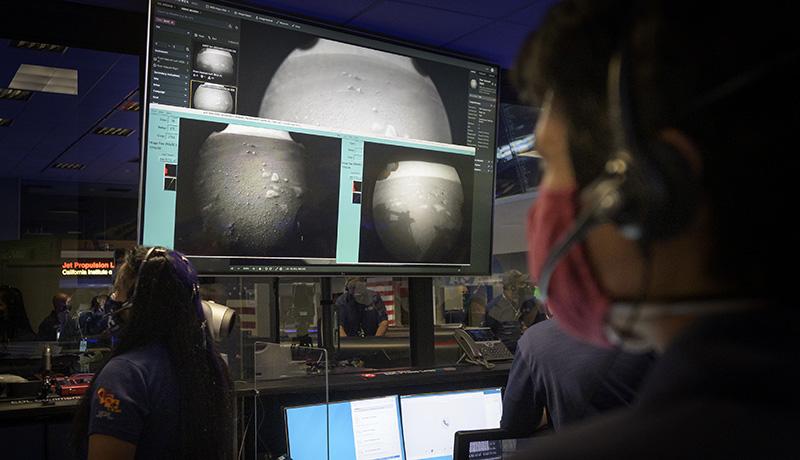 NASAの火星探査車「パーサヴィアランス」が火星に到着